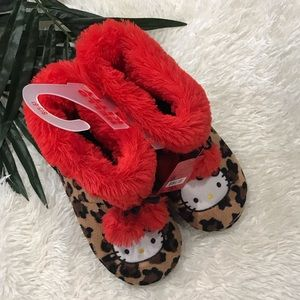 5178fa161 Hello Kitty Boot Slippers Leopard Red Pom Pom 5 6